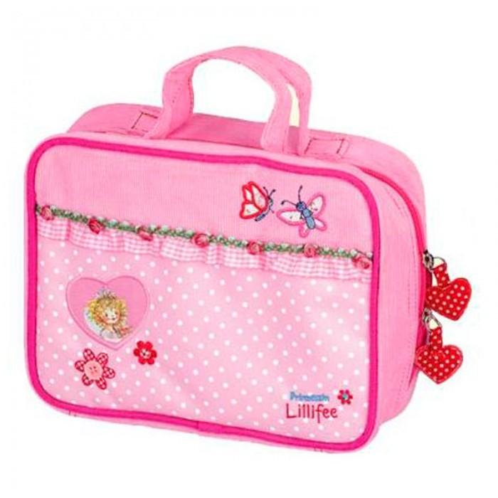 Spiegelburg Сумка Prinzessin Lillifee 30131Сумка Prinzessin Lillifee 30131Привлекательная и миниатюрная сумка-чемоданчик Prinzessin Lillifee для юных принцесс! Закрывается на двухполосную молнию и имеет практичное внутреннее пространство.   Особенности:   Размер: 14 х 18 х 8 см<br>