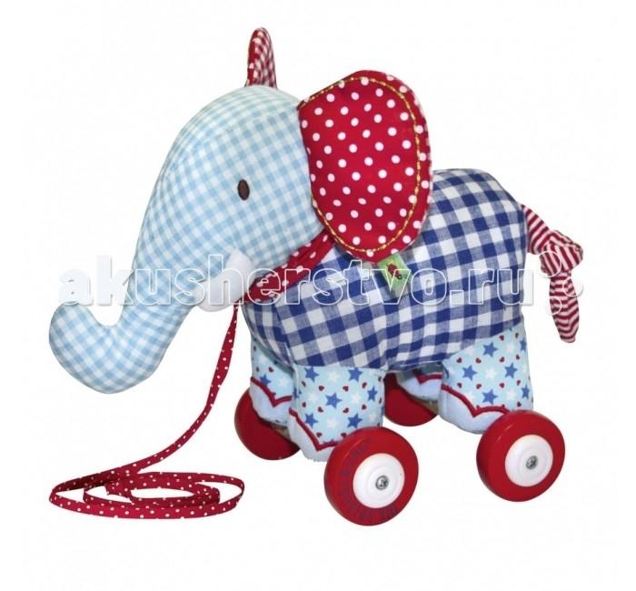 Каталка-игрушка Spiegelburg Слоник музыкальный Baby Gl&amp;#252;ck 10465Слоник музыкальный Baby Gl&amp;#252;ck 10465Spiegelburg Слоник музыкальный Baby Gl&#252;ck 10465 станет отличной игрушкой для маленьких детей.   Каталка выполнена в виде мягкого голубого слоненка на колесиках. Она обязательно понравится малышам! Дети смогут катать слоненка за собой с помощью специального поводка.  Компания гарантирует высочайшее качество продукции и соответствие европейским стандартам.<br>