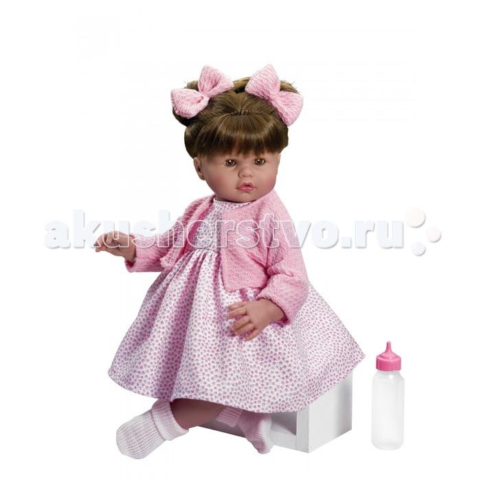 ASI Кукла Хлоя 45 см 2190053Кукла Хлоя 45 см 2190053ASI Кукла Хлоя 45 см 2190053  выполнена очень натуралистично: у нее детально проработаны пальчики, ладошки, ступни, складочки.  В отличии от других куколок ASI, у Хлои закрываются глазки.Тело у куклы мягконабивное, а голова, ручки и ножки выполнены из высококачественно винила, очень приятного на ощупь и без запаха.  Одета куколка Хлоя в розовое платье с кофточкой.Кукла с озвучкой,глазки закрываются и открываются, в комплекте бутылочка, в красивой подарочной коробке.Кукла отлично подойдет для теплых осенних прогулок.  Особенности:  кукла ASI сделана очень качественно.  Без запаха.   Используется безопасный твердый винил.  Видна прорисовка мельчайших подробностей тела, рук и ног.<br>