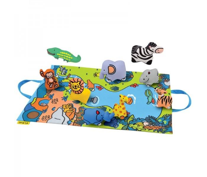 KS Kids Игровой набор Джунгли зовутИгровой набор Джунгли зовутKS Kids Джунгли зовут  Игровое поле-подстилка легко превращается в сумку для хранения игрушек.  В набор входит 9 мягких животных, каждая игрушка - это или погремушка или пищалка.  Игрушку можно стирать при температуре 30 С.<br>