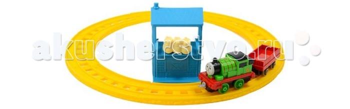Железные дороги Thomas & Friends Базовый игровой набор Перси доставляет почту