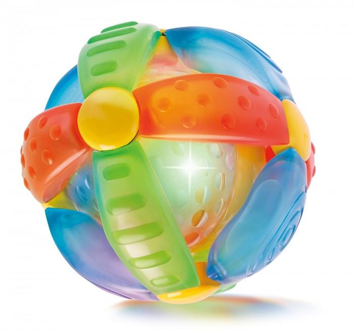 Развивающая игрушка B kids Шар-цветокШар-цветокB kids Игрушка Шар-цветок 004341B  Игрушка «Шар-цветок» от Bkids – это красивый развивающий мяч со световыми и звуковыми эффектами.   Оригинальная концепция этого шара от Bkids заключается в том, что чем сильнее вы трясете (чем быстрее катаете) мяч, тем интенсивнее мигают в нем лампочки и громче звучит музыка.   Внимание: для работы игрушки вам потребуется 3 батарейки LR44.  Такую игрушку можно предложить ребенку в возрасте старше 6 месяцев.<br>