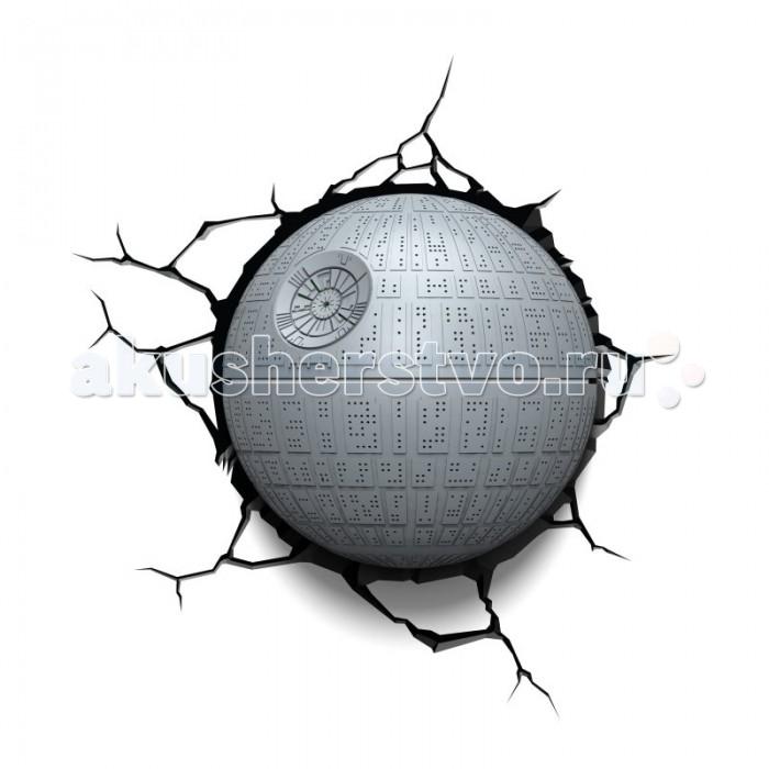 Светильник 3DlightFX Пробивной 3D StarWars (Звёздные Войны) Death Star (Звезда смерти)Пробивной 3D StarWars (Звёздные Войны) Death Star (Звезда смерти)Пробивной 3D светильник StarWars (Звёздные Войны) Death Star (Звезда смерти). Безопасный: без проводов, работает от батареек (3хАА, не входят в комплект); Не нагревается: всегда можно дотронуться до изделия; Реалистичный:3D наклейка-имитация трещины в комплекте; Фантастический: выглядит превосходно в любое время суток; Удобный: простая установка (автоматическое выключение через полчаса непрерывной работы). Товар предназначен для детей старше 3 лет. ВНИМАНИЕ! Содержит мелкие детали, использовать под непосредственным наблюдением взрослых.   Особенности:   Размеры: 31.9 х 31.3 х 16.7 см Вес: 1,15 кг<br>