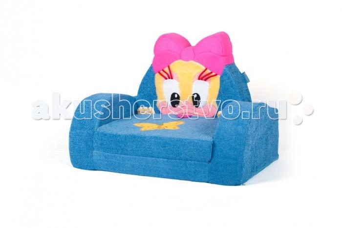 Кипрей Диванчик раскладной УточкаДиванчик раскладной УточкаКипрей Диванчик раскладной Уточка яркий и оригинальный раскладной диванчик для детской комнаты, который гармонично дополнит интерьер и добавит в обстановку не только уют, но и сказочную атмосферу. Ребенок может не только сидеть и лежать на нем, но и использовать для игры, что способствует развитию фантазии и воображения. Конструкция раскладного диванчика не содержит каркаса, жестких деталей, металлических или деревянных вставок. Основа дивана - пенополиуретан, который отлично держит форму, не деформируется и полностью безопасен для малыша.  С таким диваном напольное покрытие будет оставаться целым и невредимым. Его легко переносить по комнате. Материалы, из которых изготовлен раскладной диванчик, высокого качества, абсолютно безвредные, экологически чистые и не имеют вредного запаха.  Устойчивая конструкция, надежные бортики, которые защищают малыша от падений, а так же мягкая, приятная обивка позволяют ребенку чувствовать себя комфортно, а родителям - не беспокоиться о его безопасности. Мягкий раскладной диванчик  легко раскладывается и может служить как детская кроватка. Вместе с тем, в собранном виде диванчик практичен и не занимает много места.    Размер: 53 х 73 х 52 (90) см<br>