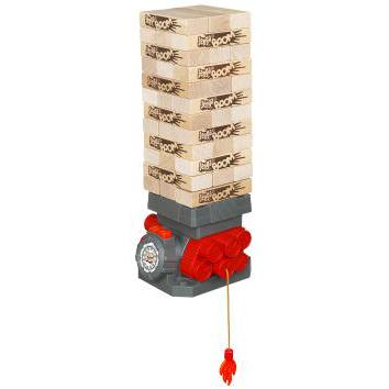 Hasbro Настольная игра Дженга БумНастольная игра Дженга БумДженга Бум - это соревнование на скорость: надо выполнить задание раньше, чем башня рухнет.  Правила игры:  Для того что бы начать игру необходимо построить башню, затем вытянуть до самого конца фитиль.  Тот, кто начинает игру, должен нажать на кнопку и запустить часовой механизм. Далее игрок достает один брусок из середины башни и кладет его наверх, так что бы конструкция не разрушилась. Затем он снова нажимает на кнопку и останавливает таймер.  Так все игроки ходят по очереди, до тех пор пока бака башня не рухнет. Проверить себя на скорость и ловкость можно одному и в компании!  В комплекте: 36 деревянных дженга-блоков, детонатор, инструкция.<br>