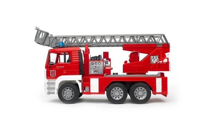 Машины Bruder Пожарная MAN автокран машина пламенный мотор volvo v70 пожарная охрана 870189