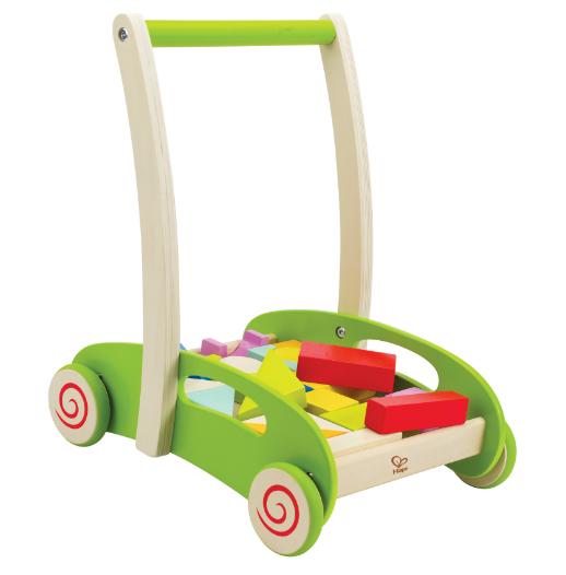Каталка-игрушка Hape Каталка-конструктор 3 в 1 Е0371Каталка-конструктор 3 в 1 Е0371Функция: каталка. Опираясь на каталку, ребенок учится уверенно ходить, тренирует координацию и равновесие  Функция: конструктор. Придумывая первые конструкции, ребенок тренирует мелкую моторику, логику, воображение, знакомится с новыми формами и физическими законами.  Функция: пазл. Ребенку необходимо уместить все кубики в тележке. Сделать это можно только поняв сочетание форм. Игра учит малыша наводить порядок.<br>