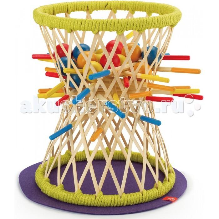 Hape Развивающая игра Паллина Е5522Развивающая игра Паллина Е5522Юным игрокам предстоит поочередно вытаскивать палочки из основания игрушки. Первый игрок уронивший шарик проигрывает.  Изготовлена из экологически чистого бамбука. Игра способствует развитию мелкой моторики, координации и ловкости пальчиков. Игра позволяет ребенку изучить пространственные отношения и физические законы.<br>