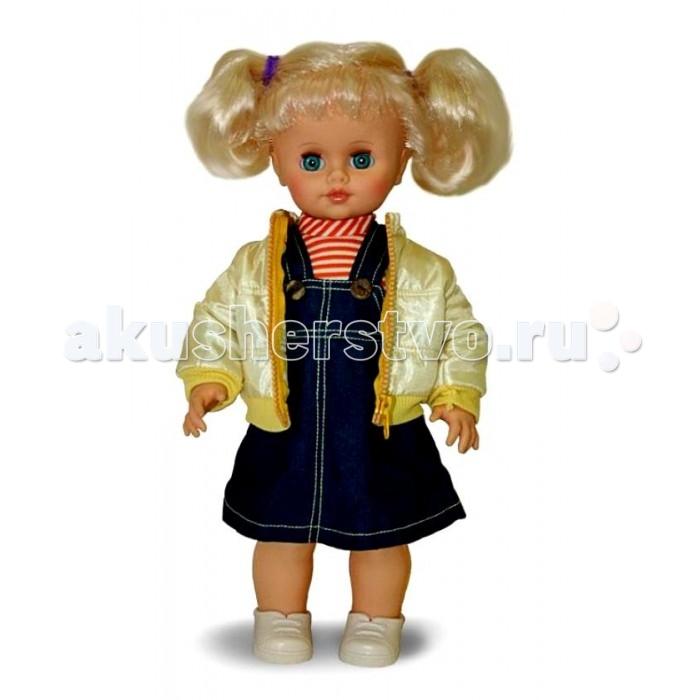 Весна Кукла Инна 39 озвученная 43 смКукла Инна 39 озвученная 43 смВесна Кукла Инна 39 озвученная 43 см в джинсовом сарафане, блузке и курточке и с очаровательными хвостиками может привести в восторг маленькую любительницу поиграть дочки-матери.   Особенности: При нажатии на звуковое устройство, вставленное в спинку, кукла произносит фразы.  Продуманная конструкция куклы позволяет её сажать, ставить на ножки, переодевать.  Наличие элементов одежды, которые легко снимаются и надеваются, разнообразит возможности сюжетно-ролевых игр с этой куклой, в процессе которых развивается мелкая моторика и творческое воображение ребёнка.  Игра с куклой в красивой одежде приучает детей к аккуратности, формирует чувство стиля. Игры с этой куклой дают ребёнку возможность проявлять заботу, формируют навыки ответственного поведения.  Цвет волос, глаз и одежды куколки может отличаться от представленного на фото.<br>