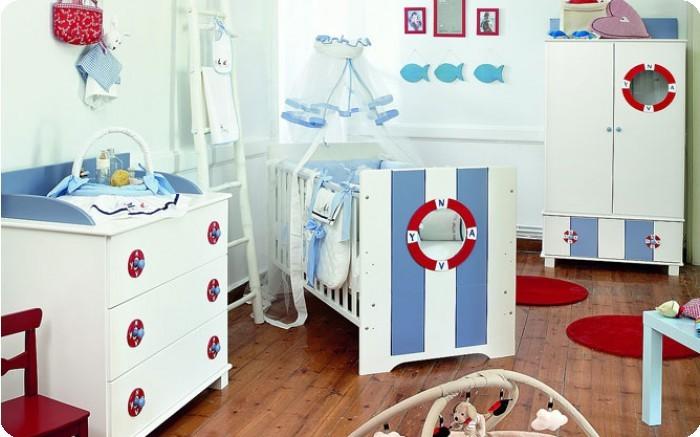 Балдахин для кроватки HPA Navy lookNavy lookБалдахин HPA NAVY LOOK защитит ребенка от комаров и вместе с тем украсит детскую. Оригинальный морской стиль добавит в интерьер красок.  Основные характеристики балдахина HPA:  - пригодна для кроватей-диванов, кроватей-качалок, - легко стирается в машинке, - декор — 100%-й хлопок, - ткань балдахина — 100%-й полиэстер.  Держатель для балдахина подбирается отдельно.  Размеры (см): 200х35.<br>