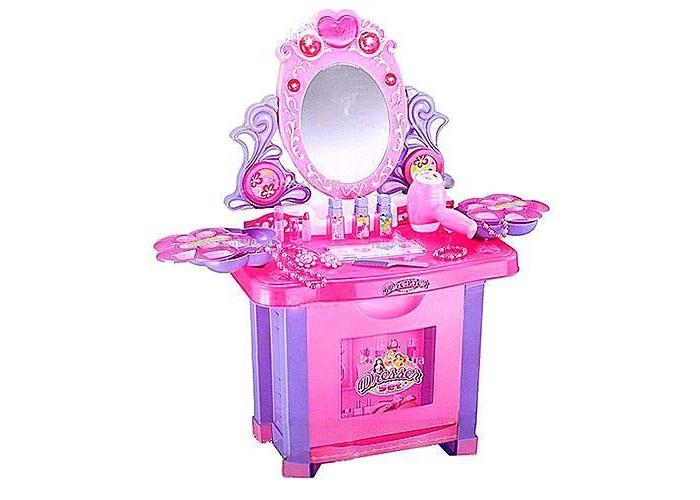 Xiong Cheng Игровой набор Туалетный столик Маленькая модницаИгровой набор Туалетный столик Маленькая модницаXiong Cheng Игровой набор Туалетный столик Маленькая модница - это целая студия красоты для маленькой принцессы в возрасте до 3-ех лет.  Игровой комплект создан в розовых тонах из высококачественного пластика, совершенно безопасного для здоровья.  Особенности: В набор входят трюмо с зеркалом, пуфик, браслеты, бусы, расческа, баночки для лака, фен и т.д.  Набор для девочек с звуковыми и световыми эффектами Яркий дизайн Нет острых углов Столик с открывающейся дверкой Удобный стульчик Коробочки с крышками для хранения аксессуаров Множество аксессуаров Безопасное вращающееся зеркало Кнопка в виде сердечка для включения/выключения подсветки у зеркала Фен дует и раздает звук, имитирующий настоящий фен Источник питания: 4 батарейки типа АА (в комплект не входят)<br>
