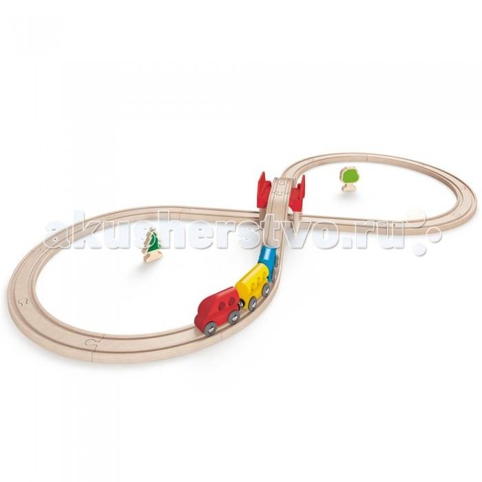 Hape Железная дорога E3700Железная дорога E3700Hape Железная дорога E3700   Особенности: В игровой набор входит все необходимое для создания реальной картины из жизни в миниатюре и отлично поиграть одному или в компании друзей: рельсы (можно собрать в виде 8-ки), мостик, пара деревьев.  Вагоны крепятся друг к другу магнитными элементами, расположенными в передней и задней частях, что позволяет беспрепятственно отсоединять их, комбинировать по ходу игры.<br>