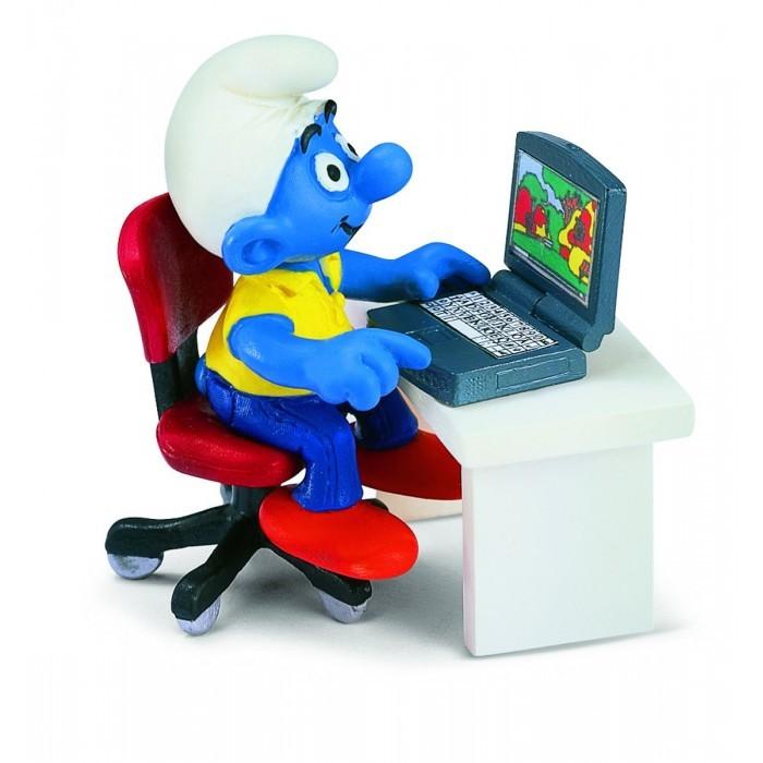 Картинка для Schleich Игровая фигурка Гномик у компьютера