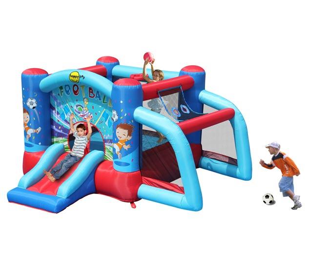 Happy Hop Надувной батут с горкой Футбол 9187Надувной батут с горкой Футбол 9187Надувной батут с горкой Happy Hop Футбол 9187 - игровая модель для детей любого возраста. Установить можно как на детской площадке общего пользования, так и на дачном участке.   Технические характеристики:  Габариты модели: 300 x 310 x 175 см Высота основания: 40 см  Размеры батута: 219 x 214 см  Размеры прыжковой поверхности: 154 x 149 см  Высота защитной сетки-ограждения: 95 см  Размер горки: 85 x 82 см Высота площадки горки: 40 см  Ширина скользящей поверхности: 55 см  Допустимая нагрузка: 90 кг  Допустимое количество детей: 3.  Изделие выдерживает широкий диапазон температур: от –10 до +40 °C Прочность батута на растяжение - до 136 кг Прочность на разрыв - до 14 кг Прочность на соединение - до 27 кг   Материал надувного батута  Прыжковая поверхность: ПВХ ламинированный (laminated PVC) Поверхность батута: ламинированная ткань Оксфорд  Застежки: лавсан  Крепеж к земле: пластмасса.  Насос батута высокого качества, безопасен при использовании и безвреден для окружающей среды.  Насос можно использовать при температуре от -15 до + 40 °C.  Оснащен устройством защиты.   При возникновении в насосе короткого замыкания или при прочих возникших проблемах при его эксплуатации, он немедленно выключается, тем самым обеспечивает безопасность пользователю надувного батута. Насос отвечает экологическим стандартам ЕС, а также имеет сертификат безопасности GS.  Комплектация: Батут Воздухонагнетатель (компрессор) Сумка для хранения батута Пластиковые колышки для фиксации батута  Пластиковые колышки для фиксации воздухонагнетателя  Ремкомплект (по два кусочка ткани каждого цвета) Инструкция на русском языке.<br>