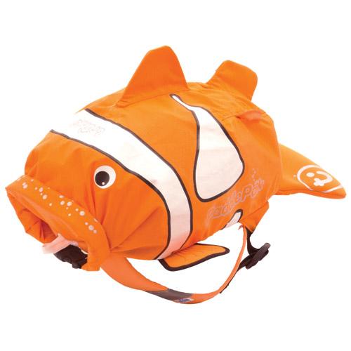 Trunki Рюкзак Рыба-Клоун PaddlePakРюкзак Рыба-Клоун PaddlePakОтличное решение для отдыха. Ребенок может взять все необходимое с собой в поездку в этом рюкзачке.  Подойдет для занятий спортом и плаванием.  Материал водонепроницаемый, поэтому вы можете быть спокойны за ребенка. Имеет широкую горловину для удобства складывания вещей.  Внутри вместительный карман.  Сделан в форме рыбки, у которой хвостик служит для хранения документов, телефона или прочей мелочи.  Размеры рюкзака: 49 х 41 х 20 см  Вес 0,17 кг<br>
