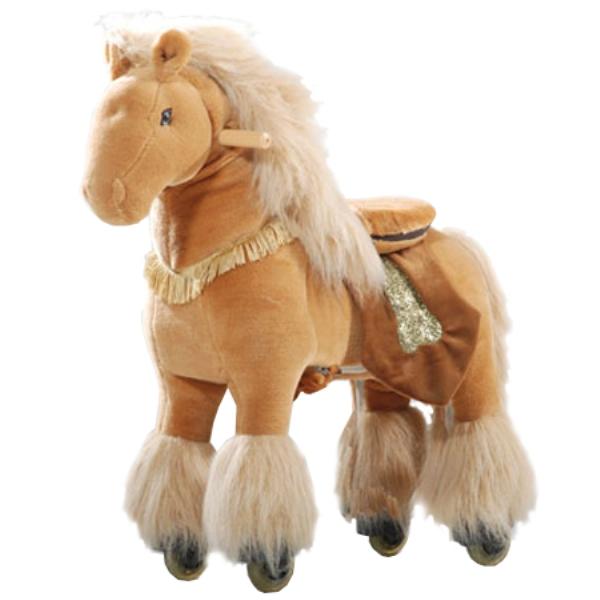 Каталка Ponycycle Королевская лошадка средняя 4043Королевская лошадка средняя 4043Каталка Ponycycle Королевская лошадка средняя озвученный - это детская механическая лошадка, уникальная игрушка для верховой езды, которая позволяет малышу ощутить себя настоящим наездником. Чтобы привести лошадку в действие Вам не понадобятся батарейки или аккумуляторы, движение происходит механически. Для этого ребенку нужно сесть в седло, лицом вперед, держась руками за деревянные ручки на голове поницикла, надавить на педали-стремена и немного привстать, седло поднимется вверх, затем наездник сгибает колени и седло опускается вниз. Полная имитация верховой езды.  Чем активнее ребенок будет садиться, и привставать в седле, тем резвее будет скакать его лошадка. Ваш малыш получит ни с чем несравнимое ощущение настоящей верховой езды. При этом лошадка не перегружает опорно-двигательный аппарат ребенка, это можно сказать – первый тренажер при игре с которым у ребенка развиваются основные группы мышц. Езда на лошадке положительно влияет на осанку, что немаловажно для дошкольников и школьников младших классов.  Конструкция и материалы: Каркас игрушки изготовлен из высокопрочной стали, рычажно-шарнирный механизм сбалансирован и устойчив, корпус выполнен из пенопласта Ножки игрушки оснащены полиуретановыми колесами, диаметром 80 мм, едут плавно и бесшумно В механизме колес имеется противооткатная защита Экстерьер повторяет внешний вид животного Меховая одежка выполнена из мягкого, гипоаллергенного материала Срок службы 1 год  Важная информация: Всадник обязательно должен сидеть в седле, а не на корпусе поницикла Одновременно кататься на поницикле может только один всадник Поницикл двигается только вперед. Не пытайтесь двигать его назад, так можно повредить колеса Никогда не просовывайте руки между сиденьем седла и корпусом поницикла Хранить поницикл нужно в вертикальном положении, в сухом, проветриваемом помещении От 4-и до 10-и лет  Обслуживание: При необходимости шкурка легко чистится, с 