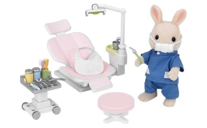 Игровые наборы Sylvanian Families Игровой набор Кролик-стоматолог игровые наборы tomy игровой набор приключения трактора джонни и лошади на ферме