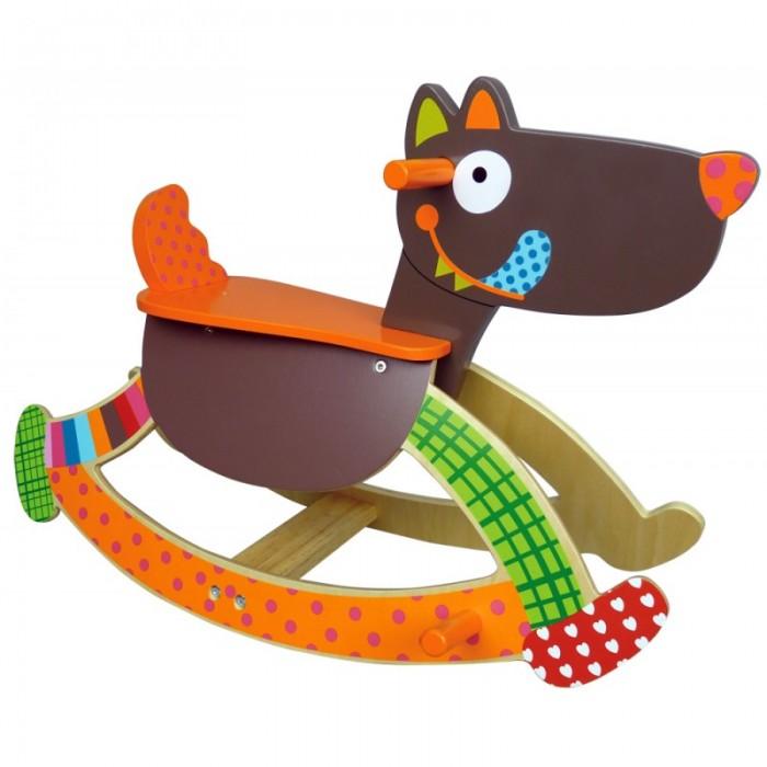 Качалка Ebulobo ВолчонокВолчонокEbulobo Качалка Волчонок - это привычная нам всем с детства качалка, только выполнена она не в форме приевшейся лошадки, а в форме смешного озорного Волчонка с синим языком. Малышу будет интересно скакать верхом на этом лесном хищнике, который, кстати, совсем не страшный, т.к. он одет в смешные разноцветные штанишки и цветные носочки.  На голове у Волчонка удобные ручки, за которые малышу будет комфортно держать руками, а на дугах – подставка для ног. Игрушка выполнена из дерева и фанеры и покрашена безопасной для детей краской.<br>