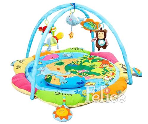 Развивающий коврик Felice Весёлый островок с мягким ограждениемВесёлый островок с мягким ограждениемИгровой развивающий коврик Весёлый островок Felice для детей от 0 до 12 месяцев, сделан из мягкой ткани - велюр.   Коврик развивает восприятие цветов, форм, фактур, размеров, звуков.   В комплект коврика входят 2 игровые дуги с пятью разными подвесными игрушками, есть зеркало и подушечка. Игрушки гремят, пищат, шуршат, хорошо развивают хватательный рефлекс, их можно заменять любыми подвесками.   Дуги съемные. Коврик компактно складывается, удобен в хранении и транспортировке. Легко стирается.   Размеры коврика 130х130х50 см.<br>