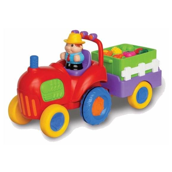 Kiddieland Трактор с овощамиТрактор с овощамиТрактор с овощами Kiddieland 037325 - это трактор, который ребёнок может катать по полу.   Трактор движется вперед с автоматической остановкой! Настоящий звук разгона и гудка.   С прицепом, наполненным фруктами и овощами. Нажмите на маленького водителя, чтобы услышать веселую музыку или нажмите на руль для гудка.   Кнопки в виде фруктов и овощей на прицепе проигрывают забавные мелодии, когда на них нажимают.  В наборе: трактор, прицеп, водитель.<br>