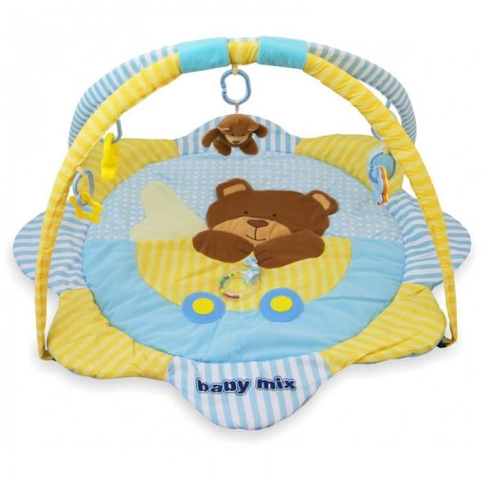 Развивающий коврик Baby Mix Маленький мишкаМаленький мишкаBaby Mix Развивающий коврик Маленький мишка - это целая игровая площадка, в которой есть все необходимое для занимательной игры и развития малыша. Он будет интересен как совсем маленьким крошкам, так и подросшим карапузам. Спокойные тона игрового поля, изображение маленького медвежонка, интересные подвесные игрушки - вот те особенности, которые привлекают внимание ребенка.  Изделие выполнено из высококачественного текстильного материала, очень приятного на ощупь, поэтому подходит даже малюткам с самых первых дней жизни. Коврик легко собирается и просто разбирается, в сложенном виде удобен для хранения и транспортировки.  Особенности: контрастные элементы для развития зрения малыша 2 съемные дуги 5 подвесных игрушек, которые можно использовать отдельно игровое поле с лепестками на игровом поле есть несколько разнотекстурных элементов кроха учится фокусировать взгляд на предмете малыш учится удерживать в руках предметы ребенок получает знания о пространственном положении вещей мелкие детали и разнофактурные элементы стимулируют развитие мелкой моторики и тактильного восприятия спокойные тона успокаивают ребенка<br>