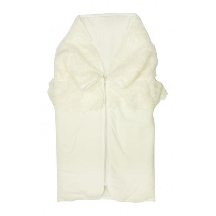 Осьминожка Конверт-одеяло на молнии Собачка с друзьями К147Конверт-одеяло на молнии Собачка с друзьями К147Осьминожка Конверт-одеяло на молнии Собачка с друзьями К147 нарядный и вместе с тем и практичный конверт- плед.   Праздничность придает фактурный мех и изысканное кружево, а также дизайнерская вышивка Собачка с друзьми.   Практичным конверт делает молния впереди и кнопки, которые конверт в одно мгновение превращают в нарядный элегантный плед, который можно использовать и для уже подросшего ребенка.   Подкладом служит трикотажное полотно - кулир (100% хлопок), которое делает этот плед необыкновенно комфортным для малыша, а мягкий нежный велюр сверху делает его комфортным для мам. Антиаллергенный наполнитель не даст малышу замерзнуть в холодную погоду.    Состав: верх велюр (80% хлопок, 80% п/э), кружево (100%п/э), мех искуственный (100% п/э), подклад кулир (100% хлопок), наполнитель холкон (100% п/э)<br>