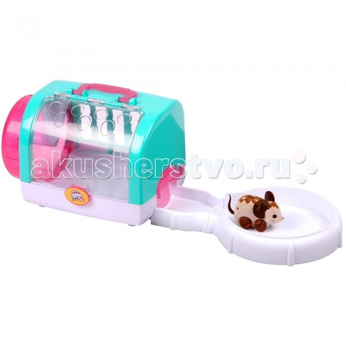 Moose Игровой набор Мышка с домиком Choc BopИгровой набор Мышка с домиком Choc BopMoose Игровой набор Мышка с домиком Choc Bop выглядит очень мило и привлекательно.   Такая игрушка придется по вкусу маленьким любителям домашних животных.  В наборе представлена очаровательная мышка и ее большой уютный домик с мини-треком.  Игрушка обладает множеством различных функций: она может очень быстро передвигаться на своих колесиках и прятаться в домике, крутиться в своем колесе. А также мышка издает звуки совсем как настоящий маленький зверек. Игровой набор выполнен из пластика и металла, в комплект входят пальчиковые батарейки.  Возраст: от 5 лет Комплект: мышка, домик с мини-треком. Наличие батареек: входят в комплект. Тип батареек: 3 х AG13 / LR44 (миниатюрные).<br>