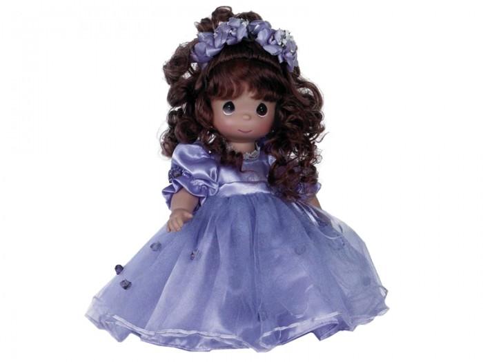 Precious Кукла Сказочная фантазия 30 смКукла Сказочная фантазия 30 смКукла Precious Moments Сказочная фантазия очарует вас и вашу дочурку с первого взгляда!   Кукла привлечет внимание не только ребенка, но и взрослого. Кукла одета в очаровательное сиреневое платье с пышной юбкой, за спиной у нее - большие полупрозрачные крылья, которые с легкостью можно отстегнуть. Дополнением к прическе служит цветочный венок. На милом личике большие темные глаза.    Особенности:  Вся одежда съемная.   Кукла изготавливается из качественного, безопасного материала и имеет пять базовых точек артикуляции.   Кукла имеет свой неповторимый образ и характер.   Волосы прошитые, из качественного синтетического волокна или крученых ниток, в зависимости от образа. Рост куклы 30 см.<br>