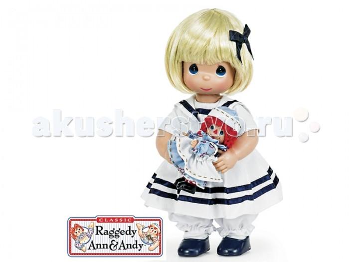 Precious Кукла Морячка Марселла 30 смКукла Морячка Марселла 30 смКоллекционная кукла Precious Moments Морячка Марселла очарует вас и вашу дочурку с первого взгляда!   Кукла Морячка Марселла со светлыми волосами одета в белую матроску с темно-синими полосами, в комплекте идет с маленькой куколкой.   Особенности:  Вся одежда съемная.   Кукла изготавливается из качественного, безопасного материала и имеет пять базовых точек артикуляции.   Кукла имеет свой неповторимый образ и характер.   Волосы прошитые, из качественного синтетического волокна или крученых ниток, в зависимости от образа. Рост куклы 30 см.<br>