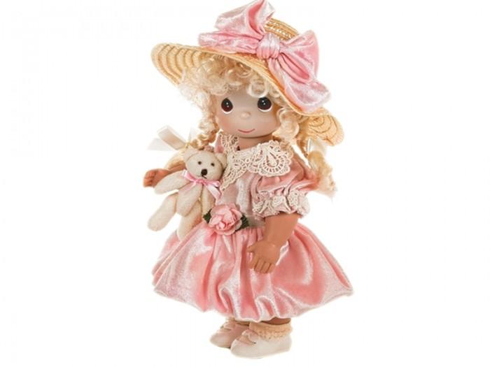 Precious Кукла Невероятно хороша 30 смКукла Невероятно хороша 30 смКоллекционная кукла Precious Moments Невероятно хороша очарует вас и вашу дочурку с первого взгляда!   Кукла одета в светло-желтое длинное платье и туфли. У девочки длинные рыжие волосы, украшенные бантом, и большие зеленые глаза. В руке она держит плюшевого медвежонка.   Особенности:  Вся одежда съемная.   Кукла изготавливается из качественного, безопасного материала и имеет пять базовых точек артикуляции.   Кукла имеет свой неповторимый образ и характер.   Волосы прошитые, из качественного синтетического волокна или крученых ниток, в зависимости от образа. Рост куклы 30 см.<br>