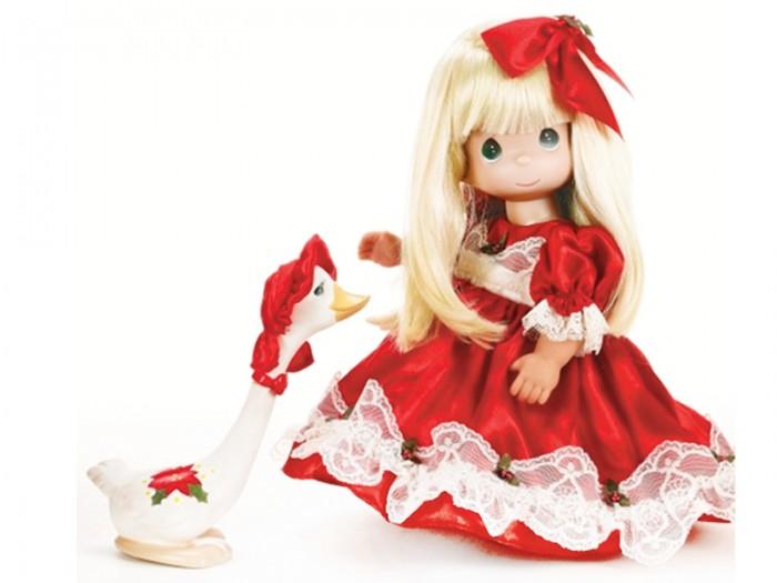 Precious Кукла Рождество 30 смКукла Рождество 30 смКоллекционная кукла Precious Moments Рождество очарует вас и вашу дочурку с первого взгляда!   Кукла одета в пышное красное платье и красные туфли. Светлые волосы куклы украшены красным бантом. У девочки большие зеленые глаза и длинные светлые волосы. В комплект с куклой входит забавный гусь.    Особенности:  Вся одежда съемная.   Кукла изготавливается из качественного, безопасного материала и имеет пять базовых точек артикуляции.   Кукла имеет свой неповторимый образ и характер.   Волосы прошитые, из качественного синтетического волокна или крученых ниток, в зависимости от образа. Рост куклы 30 см.<br>