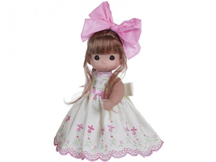 Precious Кукла Завтрашний день рыжая 30 смКуклы и одежда для кукол<br>Коллекционная кукла Precious Moments Завтрашний день очарует вас и вашу дочурку с первого взгляда!   Кукла станет отличным подарком для любой девочки на день рождения или другой праздник. Одета кукла в длинное платье, украшенное вышивкой и большим бантом на спине. Под платьем у куклы - панталоны, на ногах - туфли в цвет платья. Вся одежда у куклы съемная. Рыжие волосы заплетены в косу и украшены розовым бантиком. У девочки большие карие глаза.    Особенности:  Вся одежда съемная.   Кукла изготавливается из качественного, безопасного материала и имеет пять базовых точек артикуляции.   Кукла имеет свой неповторимый образ и характер.   Волосы прошитые, из качественного синтетического волокна или крученых ниток, в зависимости от образа. Рост куклы 30 см.