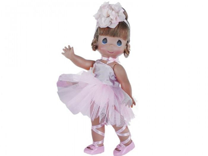 Precious Кукла Балерина рыжая 30 смКукла Балерина рыжая 30 смКоллекционная кукла Precious Moments Балерина очарует вас и вашу дочурку с первого взгляда!   Кукла одета в розовое платье, украшенное розочкой. На ногах балерины - розовые пуанты. Волосы убраны в аккуратную прическу и оформлены атласной ленточкой с цветком. У девочки большие глаза синего цвета.   Особенности:  Вся одежда съемная.   Кукла изготавливается из качественного, безопасного материала и имеет пять базовых точек артикуляции.   Кукла имеет свой неповторимый образ и характер.   Волосы прошитые, из качественного синтетического волокна или крученых ниток, в зависимости от образа. Рост куклы 30 см.<br>