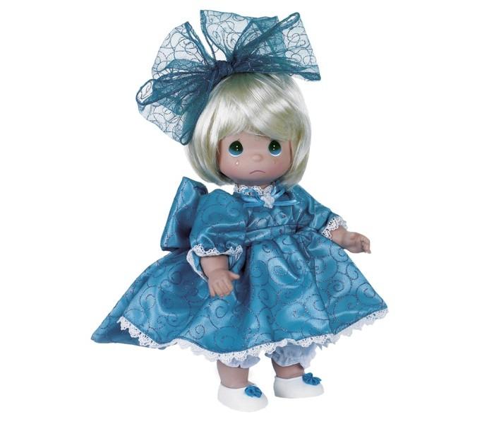 Precious Кукла Мне очень жаль блондинка 30 смКукла Мне очень жаль блондинка 30 смКоллекционная кукла Precious Moments Мне очень жаль очарует вас и вашу дочурку с первого взгляда!   Кукла одета в длинное бирюзовое платье, дополненное блестками и кружевами. На ногах - светлые ботиночки, украшенные декоративным элементом. На голове красуется большой бант. На грустном личике большие глаза и следы от слез.    Особенности:  Вся одежда съемная.   Кукла изготавливается из качественного, безопасного материала и имеет пять базовых точек артикуляции.   Кукла имеет свой неповторимый образ и характер.   Волосы прошитые, из качественного синтетического волокна или крученых ниток, в зависимости от образа. Рост куклы 30 см.<br>