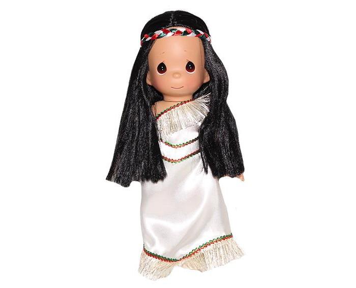 Precious Кукла Покахонтас 30 смКукла Покахонтас 30 смКоллекционная кукла Precious Moments Покахонтас очарует вас и вашу дочурку с первого взгляда!   Кукла одета в светлое платье с бахромой понизу, обута в ботиночки. У Покахонтас длинные прямые темные волосы и большие карие глаза.    Особенности:  Вся одежда съемная.   Кукла изготавливается из качественного, безопасного материала и имеет пять базовых точек артикуляции.   Кукла имеет свой неповторимый образ и характер.   Волосы прошитые, из качественного синтетического волокна или крученых ниток, в зависимости от образа. Рост куклы 30 см.<br>