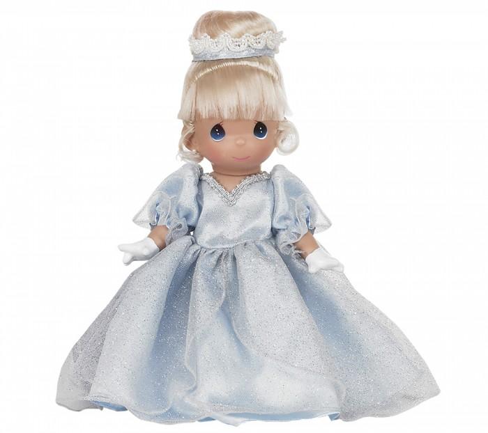Precious Кукла Золушка 30 смКукла Золушка 30 смКукла Precious Moments Золушка очарует вас и вашу дочурку с первого взгляда!   Кукла выглядит как настоящая принцесса. Золушка одета в шикарное платье голубого цвета, усыпанное блестками. На ногах куклы - серебристые туфельки. Светлые волосы убраны в вечернюю прическу. Изысканный стиль принцессе добавляют сверкающие сережки и вечерние ажурные перчатки.    Особенности:  Вся одежда съемная.   Кукла изготавливается из качественного, безопасного материала и имеет пять базовых точек артикуляции.   Кукла имеет свой неповторимый образ и характер.   Волосы прошитые, из качественного синтетического волокна или крученых ниток, в зависимости от образа. Рост куклы 30 см.<br>
