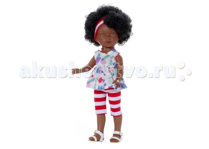 Vestida de Azul Карлотта африканка Лето Морской стильКарлотта африканка Лето Морской стильVestida de Azul Карлотта африканка Лето Морской стиль темнокожая брюнетка в летнем образе в морском стиле: туника с цветочным принтом, капри в полоску и светлые босоножки. Стильный внешний вид куклы поможет сформировать вкус ребенка с самых ранних лет.  Особенности: Милое личико куколки никого не оставит равнодушным: пухлые щечки с румянцем, вздернутый носик и выразительные глазки с длинными ресницами, наклеенными вручную, которые выглядят как настоящие Длинные волосы куклы густо прошиты и напоминают натуральные Челка прошита отдельно, а значит всегда будет красиво уложенной   Девочка сможет создать самые восхитительные и оригинальные прически и укладки, что к тому же развивает креативность и фантазию Кукла изготовлена из плотного гипоаллергенного винила высокого качества, и умеет стоять без поддержи Подвижные руки, ноги и голова для незабываемой реалистичной игры Рост куклы - 28 см. В наборе: кукла Карлотта комплект одежды<br>