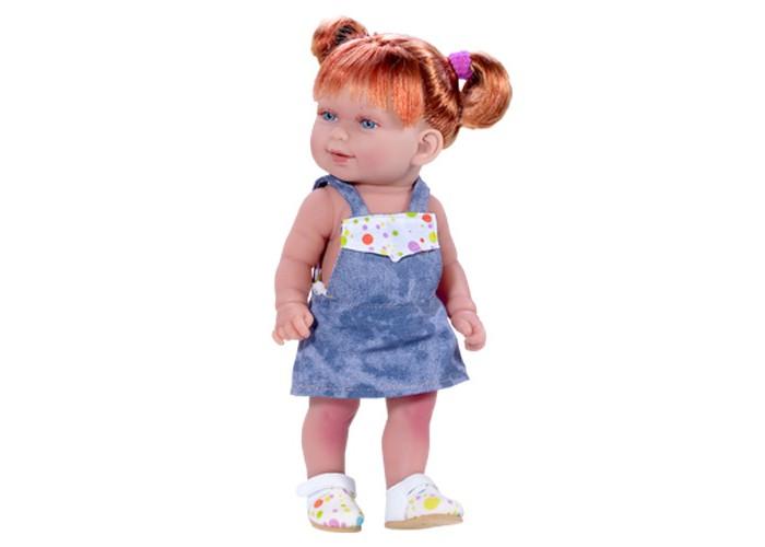 Куклы и одежда для кукол Vestida de Azul Кина в джинсовом комбинезоне умеет стоять серия soft touch куклы и одежда для кукол vestida de azul оливия в розовом костюме 30 см