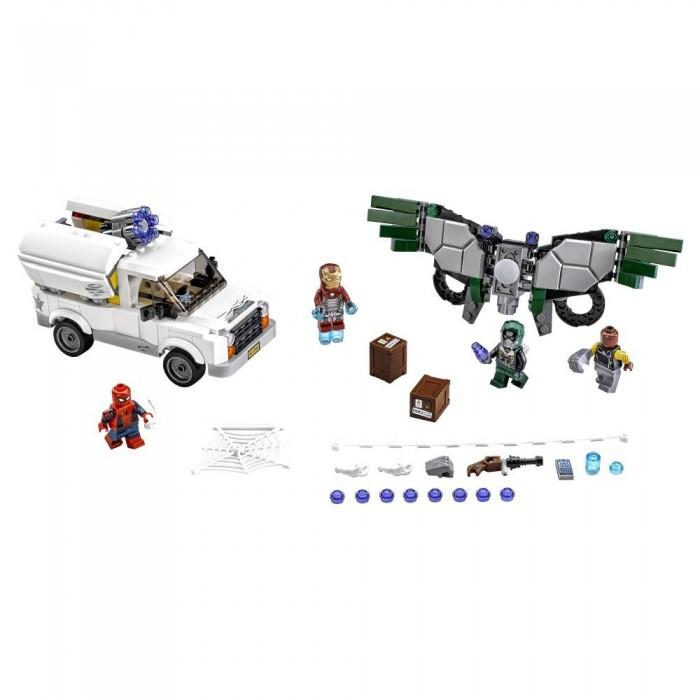 Конструктор Lego Супер Герои Берегись Стервятника 375 элементовСупер Герои Берегись Стервятника 375 элементовКонструктор Lego Супер Герои Берегись Стервятника 375 элементов 76083 создан по мотивам известных комиксов компании Marvel. Комплект включает в себя 4 фигурки, игровые аксессуары и множество деталей, выполненных из высококачественной пластмассы, устойчивой к повреждениям и абсолютно безопасной для здоровья ребенка.  Невероятный набор Beware the Vulture вызовет восторг у поклонников вселенной Марвел и позволит им проявить фантазию. Ребенку предстоит помочь отважным супергероям одержать верх над злодеями, разрушив их коварные планы. Мини-фигурки оснащены подвижными элементами и специальными выемками на ручках, что позволяет им взаимодействовать с различными игровыми аксессуарами. Костюм Стервятника, оснащенный шипометами и подвижными перьями, производит невероятное впечатление, а фургон Шокера скрывает в себе мощнейшее оружие: шестиствольную пушку. Но бесстрашные супергерои готовы оказать им достойное сопротивление. Функциональный, тщательно продуманный костюм Железного человека оснащен реактивными двигателями и новейшим оружием, что придает ему нечеловеческую силу.  Отважный Человек-паук обладает невероятными сверхспособностями, кроме того, к его услугам потрясающий энергетический бластер, входящий в комплект. Грандиозный набор Лего даст огромный простор для фантазии ребенка, позволит ему примерить на себя роль храброго супергероя, подарит море ярких впечатлений и массу положительных эмоций. Детали конструктора Super Heroes, игровые аксессуары и мини-фигурки персонажей характеризуются высоким качеством исполнения.<br>