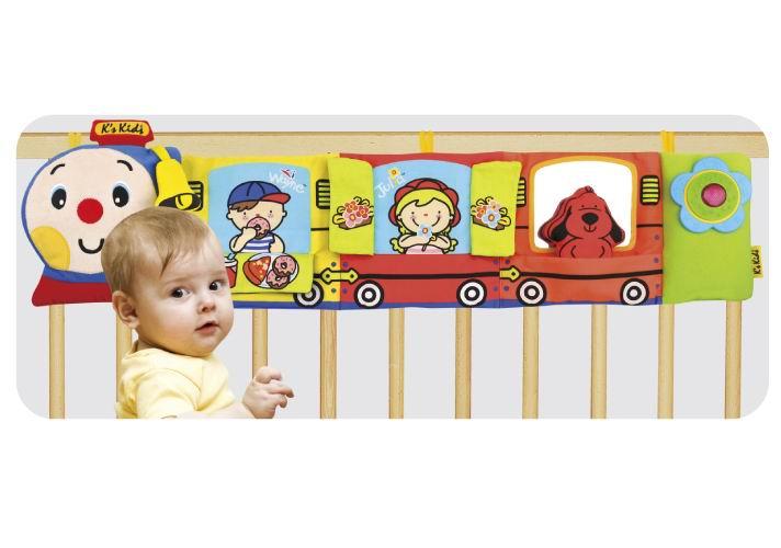 Подвесная игрушка KS Kids Паровозик Чух-ЧухПаровозик Чух-ЧухПаровозик крепится на кроватку в зоне доступности для малыша, который может исследовать три вагона и его пассажиров.   Разнофактурные элементы, шуршалки, безопасное зеркало. В конце вагона есть вставка в виде цветка созданная специально для развития тактильных ощущений, если на неё нажимать, то услышите весёлый смех и забавные звуки.   У паровозика есть два режима:  1. Поезд едет - хлопните по паровозику и услышите как он мчится, ещё раз и раздастся весёлая мелодия (время звучания 15-20 сек)  2. Колыбельная (время звучания 15 мин)  Размер (шхвхд) 90х24х5 см Материал: ткань (65% полиэстер, 35% хлопок), электронные компоненты.<br>