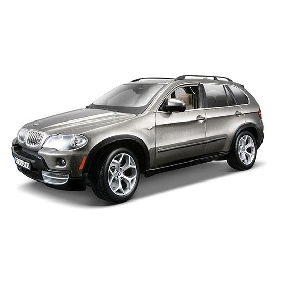 Bburago Машина BMW X5Машина BMW X5Машина Bburago BMW X5 – это копия настоящего автомобиля с полной детализацией всех частей, 1:18  Игрушка выполнена из высококачественного металла и пластика. Детали и края аккуратно обработаны.   Коллекционные машинки Бураго развивают у ребенка развивают координацию движений и меткость, пространственное и образное мышление, воображение, мелкую моторику. С мини-модельками автомобилей Bburago игра станет настолько увлекательной, что оторваться будет невозможно!   Компания Bburago – мировой лидер в производстве коллекционных моделей автомобилей. Более 30 лет профессиональные дизайнеры Bburago разрабатывают точные копии современных машин и ретро машин известных марок. С автомобилями Bburago можно не только играть, но и сделать их частью своей коллекции!<br>