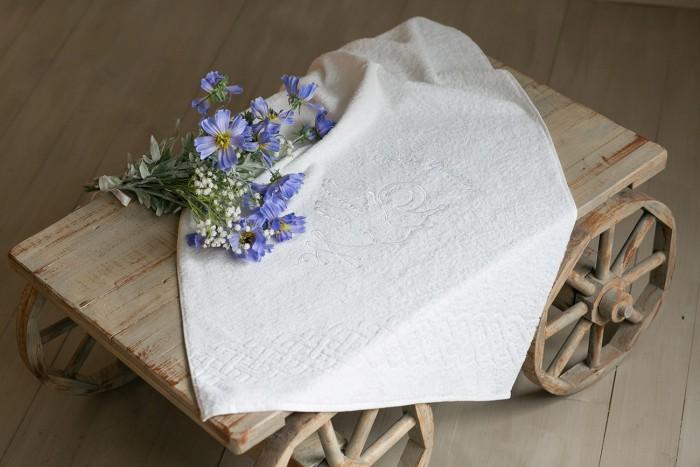 Детская одежда , Крестильная одежда Alivia Kids Крестильное полотенце Ангел-хранитель летящий 130х70 12.709.10 арт: 341425 -  Крестильная одежда