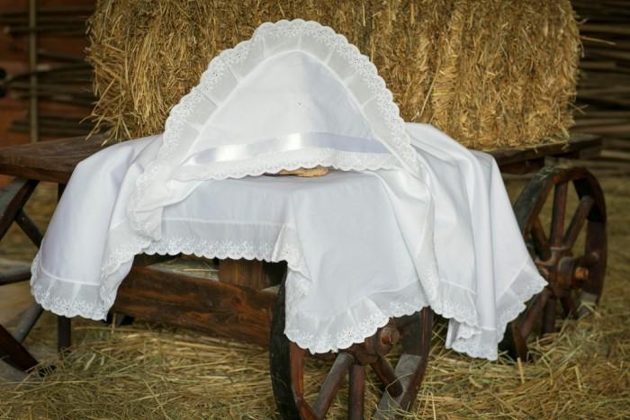 Детская одежда , Крестильная одежда Alivia Kids Крестильная пеленка Воздушное шитье 100х100 12.804.10 арт: 341580 -  Крестильная одежда