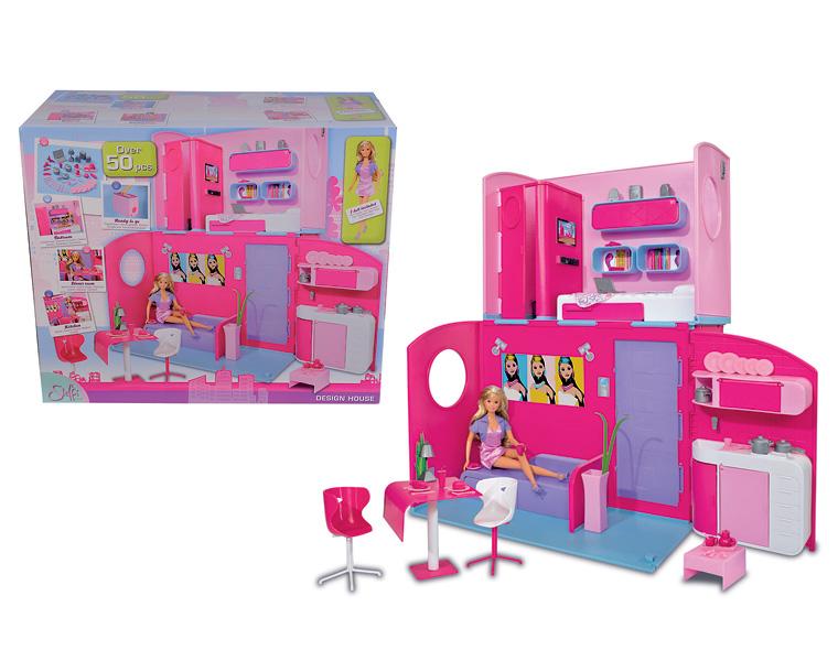 Simba Кукла Штеффи в двухэтажном домеКукла Штеффи в двухэтажном домеУ куклы Штеффи есть двухэтажная вилла с шикарными апартаментами. В доме имеются 3 комнаты разного назначения.   Каждая комната обставлена мебелью, а на кухне есть посуда и другие столовые приборы.   Игрушка сделана из высококачественного пластика, поэтому абсолютно безопасна для ребенка. В комплект входит множество аксессуаров – всего 50 предметов.   Дом можно сложить в форме чемоданчика и брать с собой на прогулку или в дорогу.  Высота куклы Штеффи – 29 см<br>