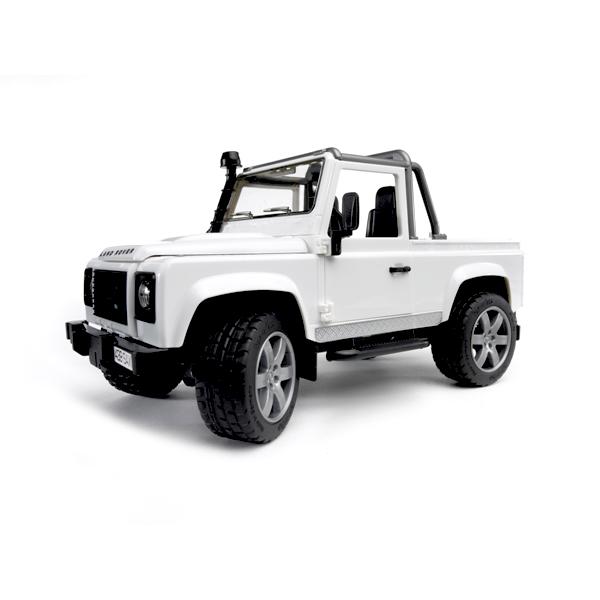 Bruder Внедорожник-пикап Land Rover DefenderВнедорожник-пикап Land Rover DefenderВнедорожник-пикап Bruder Land Rover Defender создан с достаточно большим кузовом, который пригодится для перевозки разных грузов.    Особенности:    Наличие амортизаторов на передней оси пригодится для передвижения по пересеченной местности.   В особо трудных ситуациях выручит функционирующая лебедка с ручным приводом, которая устанавливается на бампере. С ее помощью можно вытащить технику из трясины, переместить бревно, валун, или иное препятствие, мешающее проезду.   На заднем бампере закрепляется фаркоп.   Колеса поворачиваются с использованием выносного руля.   Двери в кабину и капот с упором открываются.    Все изделия Bruder сертифицированы. При их изготовлении используются только нетоксичные материалы, не вызывающие никаких аллергических реакций.  Цвета в ассортименте!<br>