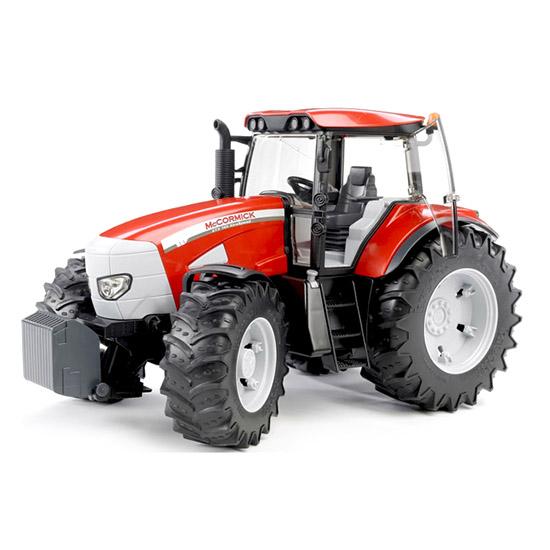 Bruder Трактор McCormick XTX 165Трактор McCormick XTX 165Трактор Bruder McCormick XTX 165   Особенности:    В нем открываются двери в кабину, капот моторного отсека.   Передняя ось оснащена амортизатором, поэтому при переезде через неровности сохраняется горизонтальное положение кузова.   Для управления поворотом передних колес можно использовать дополнительный руль, размещенный на крыше.   Cоздан в масштабе 1 к 16, поэтому идеально совместим с иными машинками, автомобилями и спец. техникой Брудер соответствующей серии.<br>
