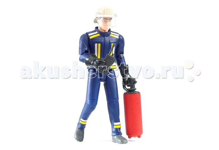 Игровые фигурки Bruder Фигурка пожарного с огнетушителем и рацией защищенный телефон с рацией и gps