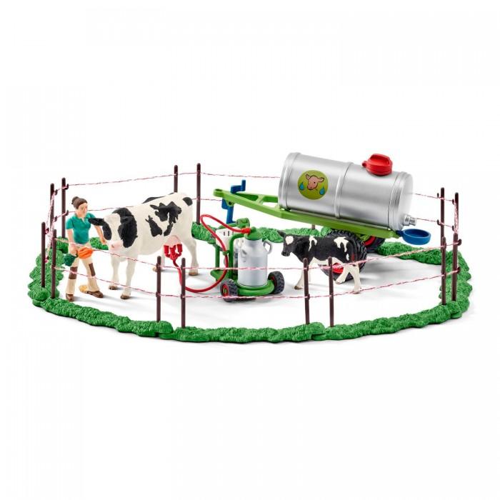 Игровые наборы Schleich Игровой набор Семья коров на пастбище игровые наборы tomy игровой набор приключения трактора джонни и лошади на ферме