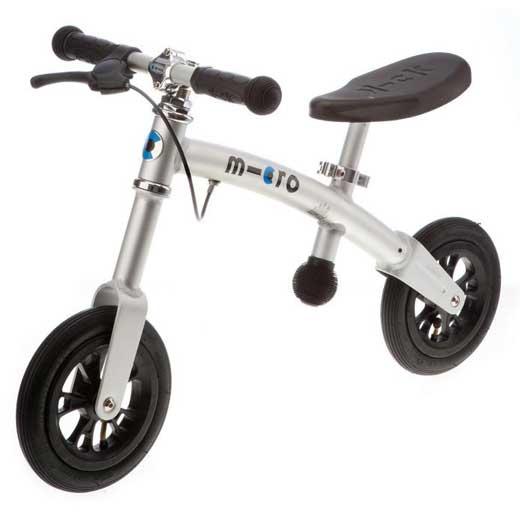 Беговел Micro G-Bike+ AirG-Bike+ AirЛучший способ научить малыша держать равновесие и ездить на велосипеде - это G-bike! G-bike+Air очень легкий и очень прочный велосамокат. Сидение и руль регулируются в зависимости от роста ребенка.  G-Bike+ Air– это великолепный велосамокат, который специально создан в помощь самым юным спортсменам. Безопасный и легкий, прочный и долговечный G-Bike научит ваших детей держать равновесие и управлять им, как взрослым велосипедом. Надувные колеса обеспечат плавный ход по неровным дорожкам парка. Дети очень быстро приобретают уверенность, отталкиваясь ногами и балансируя на G-Bikе+ Air.  Рама Micro G-Bike+ Air сделана из легкого алюминиевого сплава, и примерно в два раза легче аналогичных моделей других производителей (вес G-bike+ всего 3 килограмма), поэтому его легко транспортировать и можно даже просто положить поверх коляски, выходя на прогулку.  Прекрасное сочетание стильного швейцарского дизайна с практичностью, G-Bike+ Air обладает регулируемым гладким черным сидением и сочетающимися с ним ручками управления. И, так как безопасность всегда является главным отличием продуктов бренда Micro, G-Bike оснащен легко управляемым ручным тормозом и 200мм надувными колесами, обеспечивающими супер-устойчивость, маневренность и плавный ход.  Высота сиденья: 37-47 см. Высота руля: 51-53.5 см. Колеса: 200 мм, надувные Подшипники: ABEC 5<br>