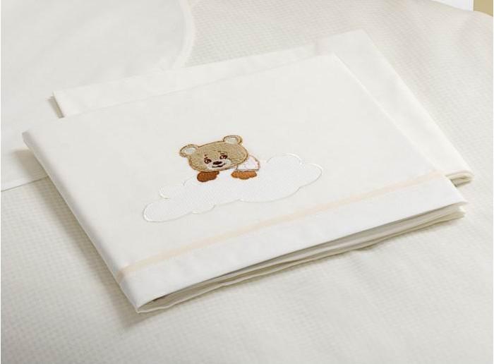 Постельное белье Baby Expert Abbracci Trudi (3 предмета)Abbracci Trudi (3 предмета)Очаровательный комплект постельного белья Trudi от Baby Expert создаст уют и обеспечит комфортный сон для Вашего малыша. Отделка мягкими аппликациями ручной работы с медвежонком Trudi обязательно понравится Вам и малышу.   Комплект из 100% натурального хлопка (гипоаллерген и нетоксичен)  В комплекте детского постельного белья Trudi от BabyExpert Вы найдете:  Покрывало-простыню с вышивкой и аппликацией 110х130 см Простыня на матрас 110х130 см Наволочку 40х60 см<br>